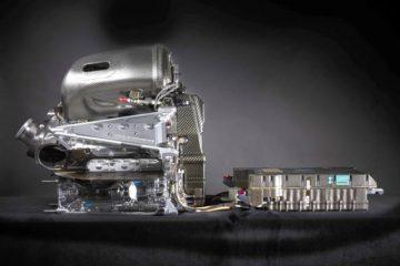 AMGPETRONAS-W07-Engine-1