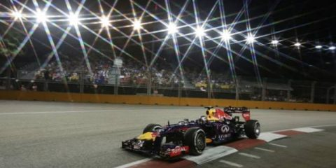 formula-one-in-night