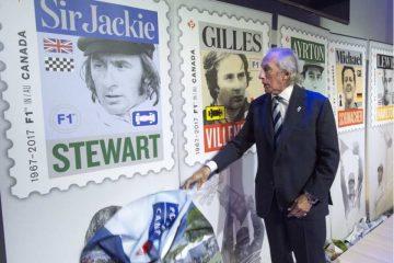 رونمایی جکی استوارت از تمبر های اداره پست کانادا برای پنج راننده