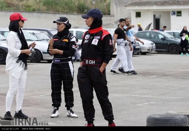 حضور بانوان در راند دوم مسابقات اسلالوم قهرمانی کشور