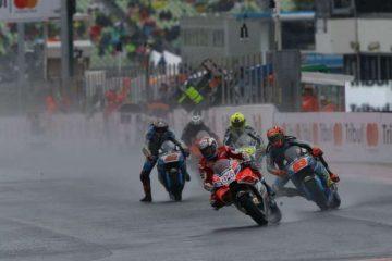 استارت مسابقه موتو جی پی سنمارینو