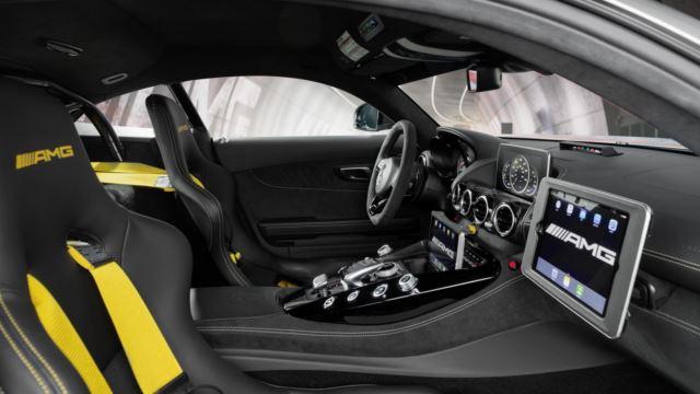 مرسدس AMG GTR سیفتی کار