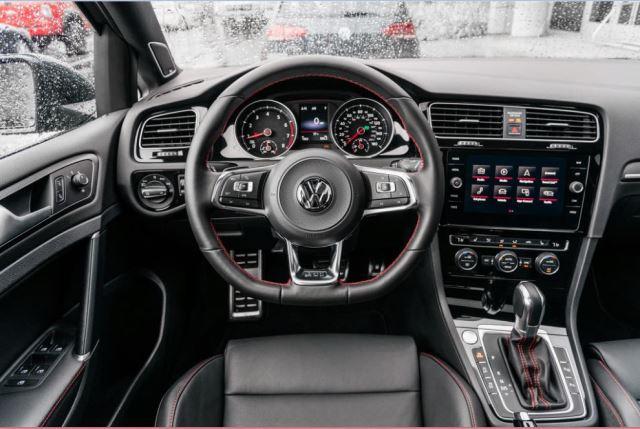 داشبورد گلف GTI مدل 2018