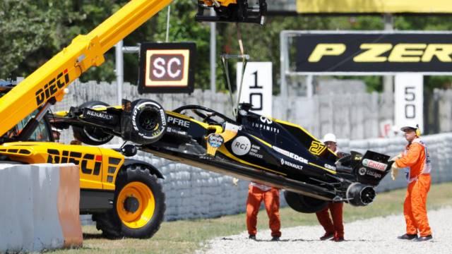 ماشین هالکنبرگ بعد از تصادف با رومن گروژان - اسپانیا 2018