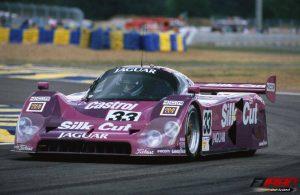 خودروی Jaguar XJR-12 که مارتین براندل با آن قهرمان لمان شد