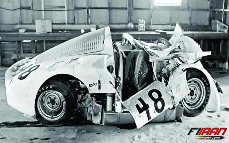 پورشه 906 متعلق به دان وستر بعد از تصادف با فراری ماریو آندرتی