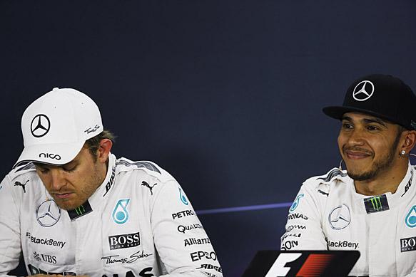 Nico Rosberg and Lewis Hamilton on the Chinese GP podium 2015