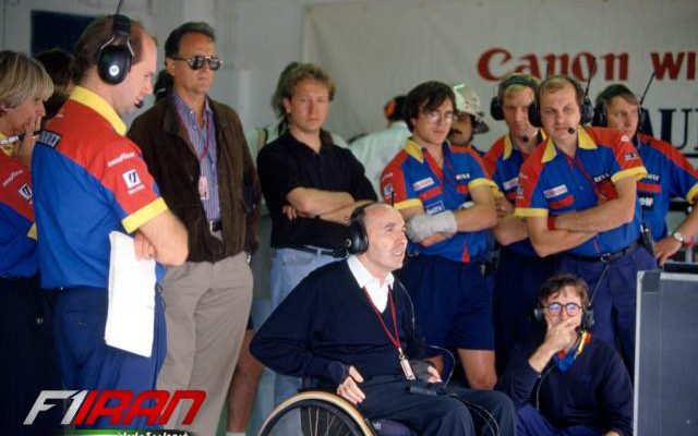 پدی لاو(نشسته روی زمین) - فرانک ویلیامز و آدرین نیویی - سال 1992