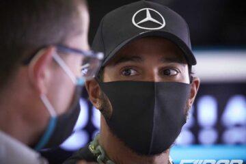 لوییس همیلتون در گرندپری اتریش 2020 با ماسک