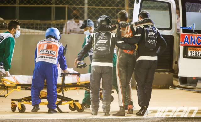 آلن ون در مرو راننده خودروی پزشکی فرمول یک و رومن گروژان - فرمول یک بحرین 2020
